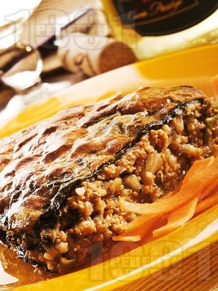 Постна вегетарианска мусака със соева кайма, ориз и зелен боб - снимка на рецептата